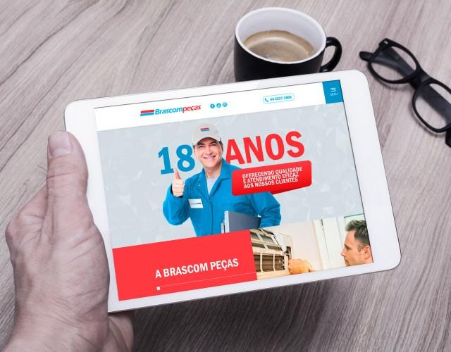 Free-Tablet-PC-Mockup